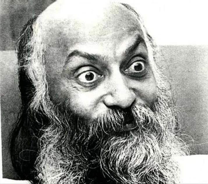 Бхагаван Шри Раджниш (Ошо) - основатель тоталитарной секты своего имени. Фото: http://cs624031.vk.me/v624031038/169d1/0C76UyqZWdM.jpg